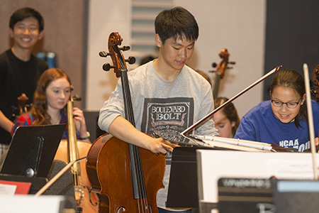 Student cellists