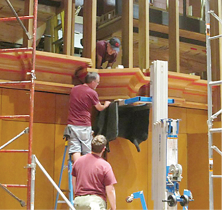 Installation of pipe organ towers